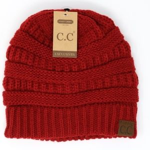 Classic Fuzzy Lined CC Beanie in Red